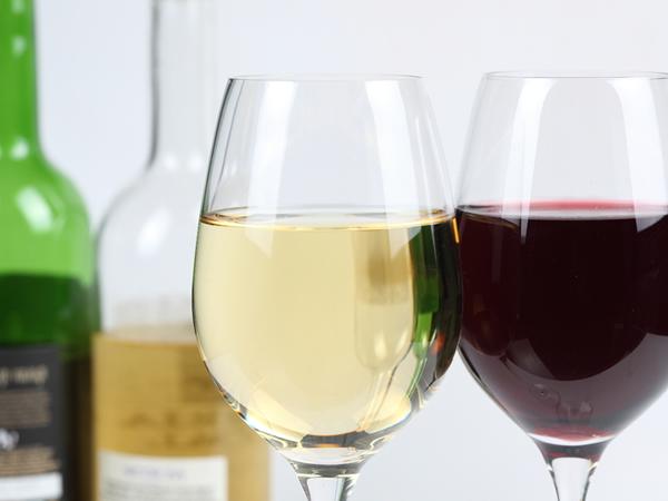 ワインの色の違いはなぜおこる?