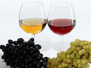 白ワインと赤ワインの違いとは?